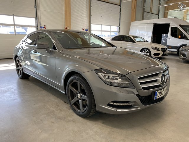 Mercedes-Benz CLS 3