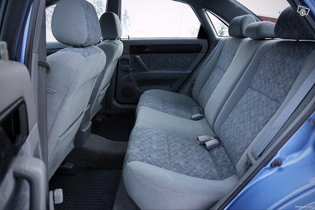 Chevrolet Nubira 16