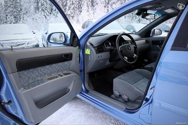 Chevrolet Nubira 17