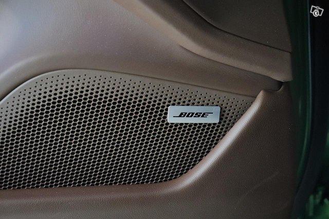 Porsche Taycan 17