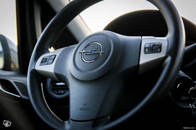 Opel Corsa 23