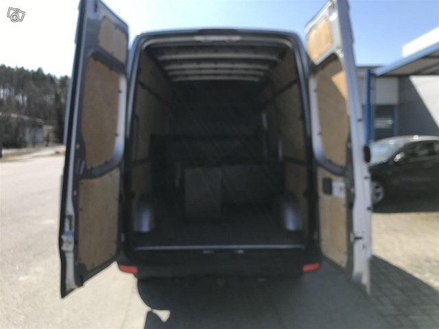 Volkswagen Crafter 13