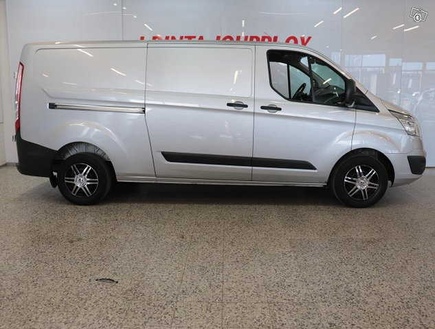Ford Transit Custom 3