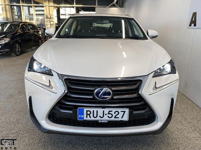 Lexus NX 4