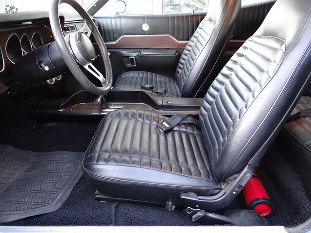 Plymouth GTX 9