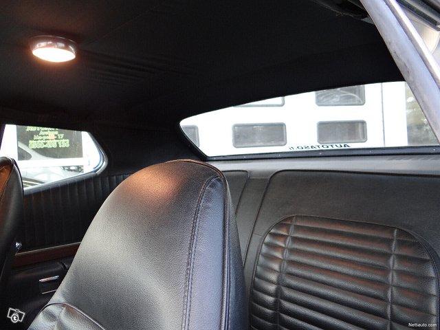 Plymouth GTX 12
