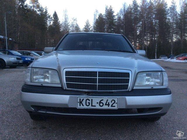 Mercedes-Benz 180 3