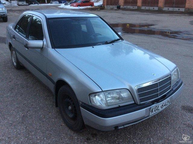 Mercedes-Benz 180 4