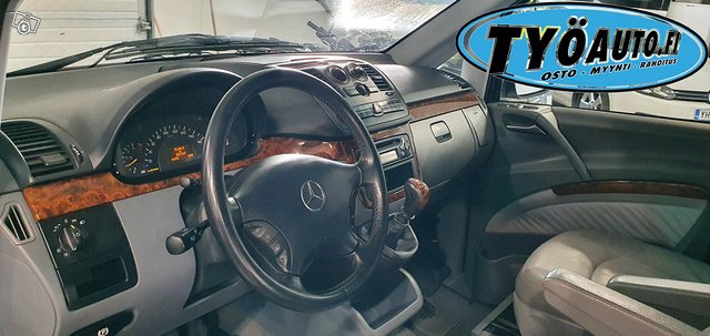 Mercedes-Benz Viano 11