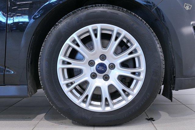 Ford Grand C-Max 16