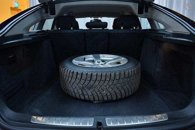 BMW 320 Gran Turismo 18