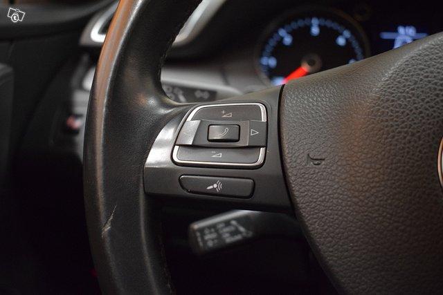 Volkswagen Passat 16