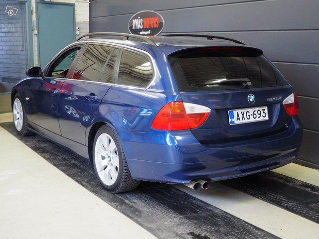 BMW 325xi 3