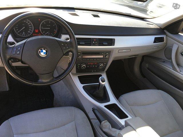 BMW 320D XDRIVE 8