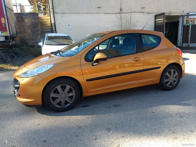 Peugeot 207 7