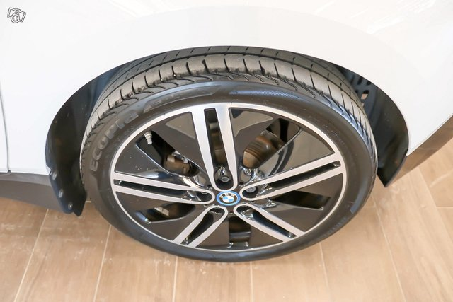 BMW I3 19