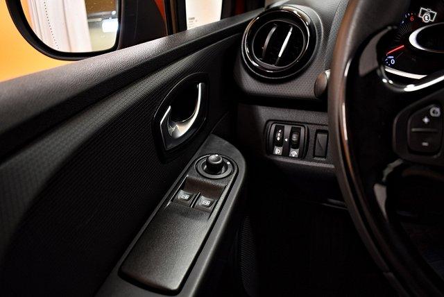 Renault Clio 18