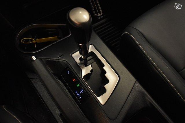 Toyota RAV4 24