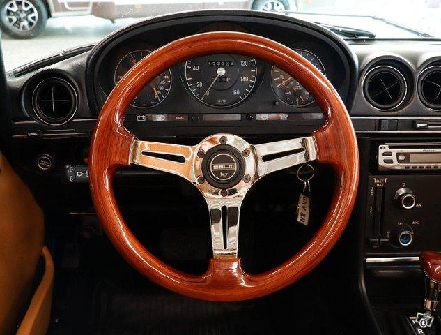 Mercedes-Benz SL 9