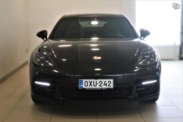 Porsche Panamera 2