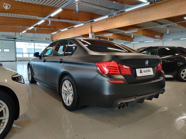 BMW 528 8