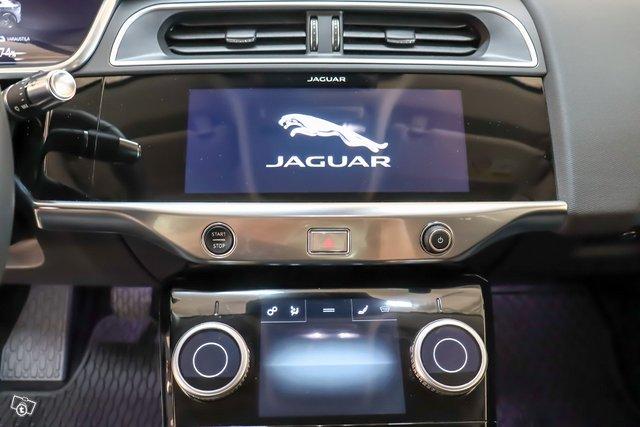 Jaguar I-PACE 13