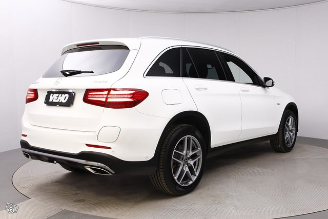 Mercedes-Benz GLC 5