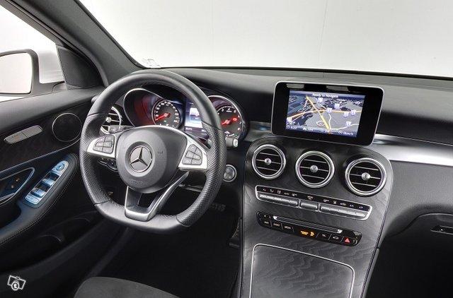 Mercedes-Benz GLC 12