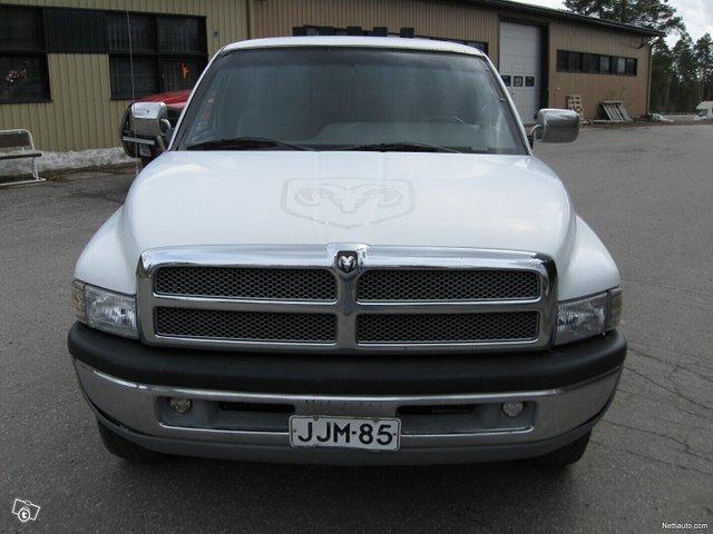Dodge Ram 2500 2