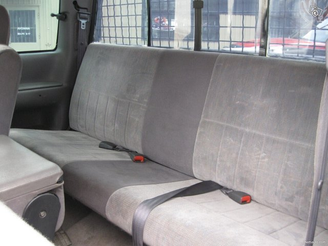 Dodge Ram 2500 13