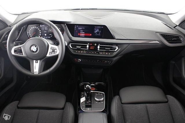 BMW 2-SARJA 18
