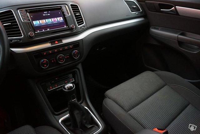 Volkswagen Sharan 23