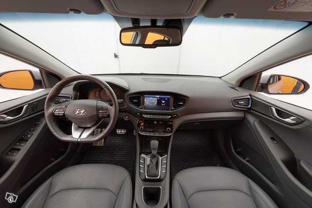 Hyundai IONIQ 9