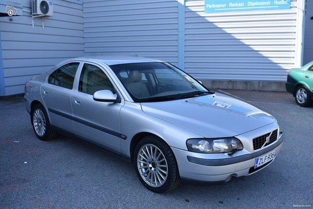 Volvo S60 1