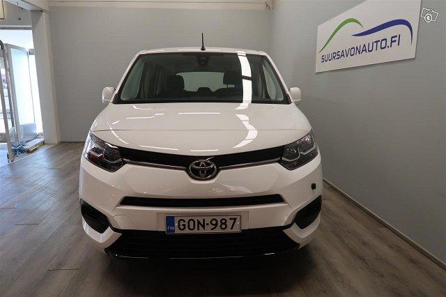 Toyota Proace CITY Verso 2
