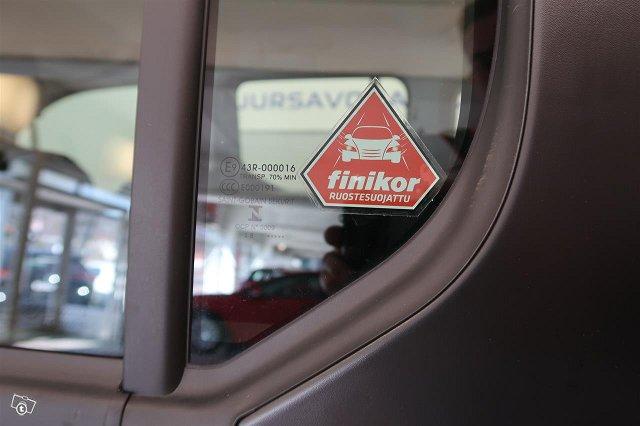 Toyota Proace CITY Verso 9