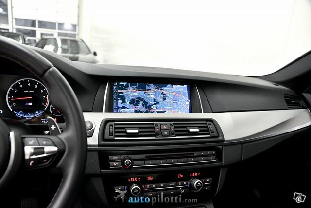 BMW M5 23