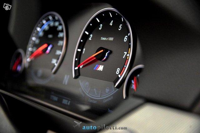 BMW M5 24