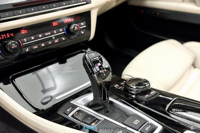 BMW M550d 21