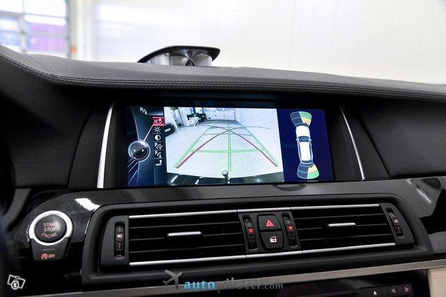 BMW M550d 25