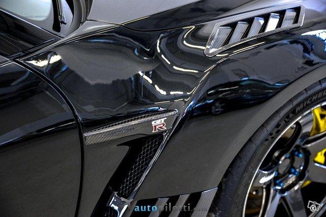 Nissan GT-R 25