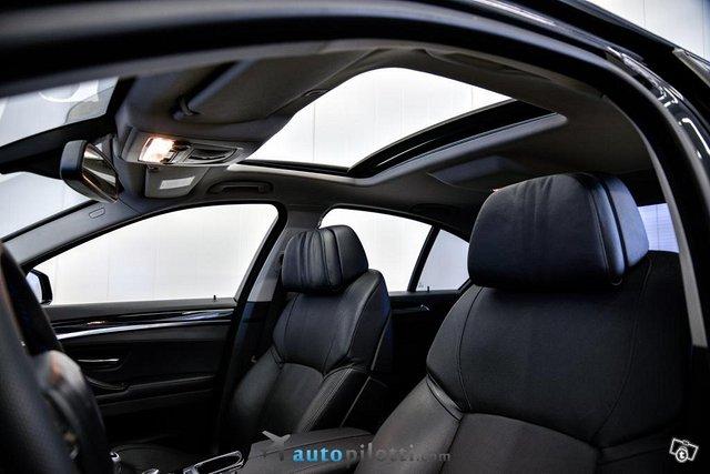 BMW 528 22