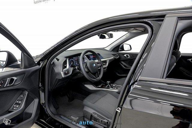 BMW 118i 8