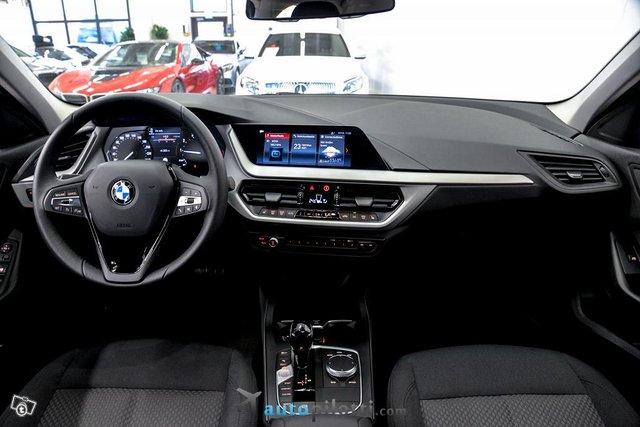 BMW 118i 13