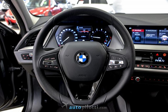 BMW 118i 14