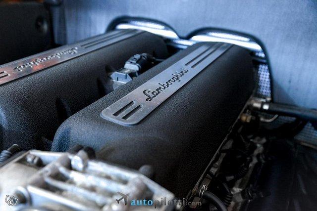 Lamborghini Gallardo 25