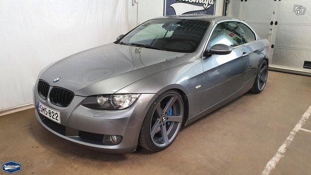 BMW 330 7