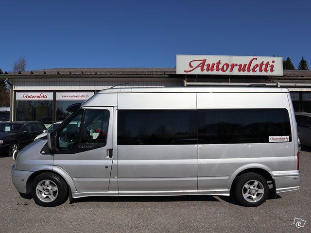 Ford Transit 300L 8