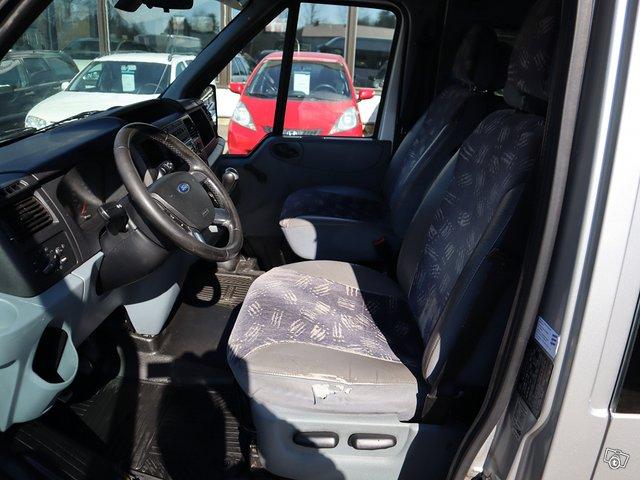 Ford Transit 300L 9