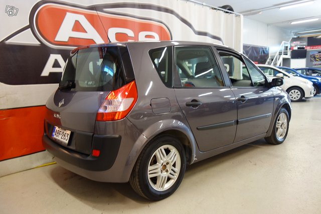 Renault Megane Scenic 4